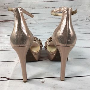 894764e8597 Jessica Simpson Shoes - NWT Mayfaran 3D Laser Flowers Platform Sandals
